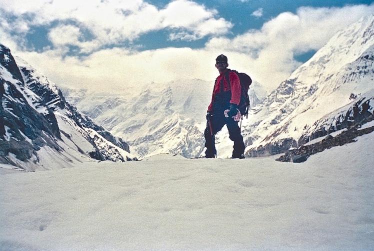 Siraunch Glacier, Mt. Trisulli ( 7035 m) at the backdrop